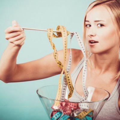 Asa nu vei pierde in greutate! Greseala pe care o fac cele mai multe femei care vor sa slabeasca
