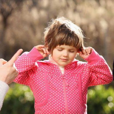 Cum disciplinezi un copil obraznic fara sa tipi la el si fara sa-l lovesti. 9 metode de succes
