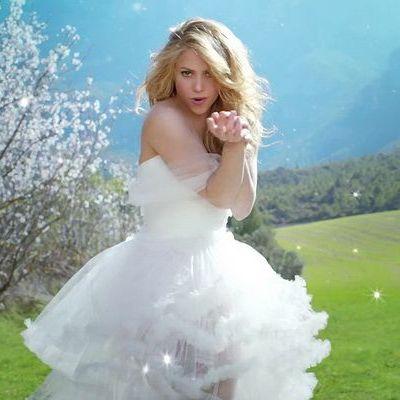 milan e shakira 2014 dresses - photo#23