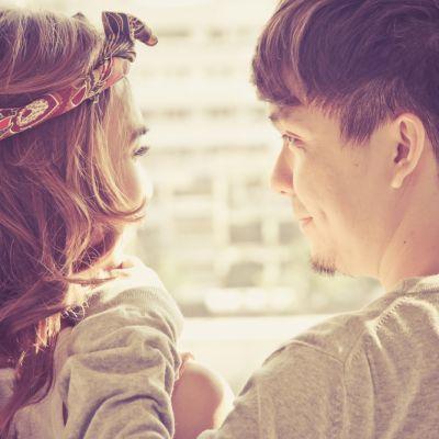 Blogul Rebecai Stan: Despre minciunile pe care le spun femeile ca sa ii impresioneze pe barbati