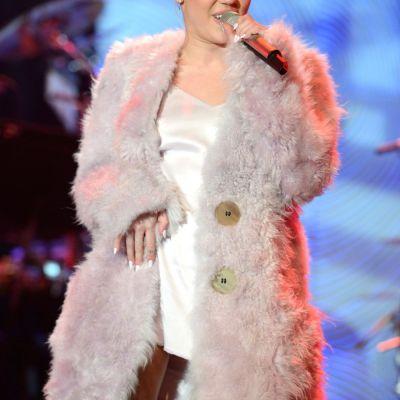 Miley Cyrus, regina selfie-urilor. In ce ipostaze s-a fotografiat cantareata de aceasta data