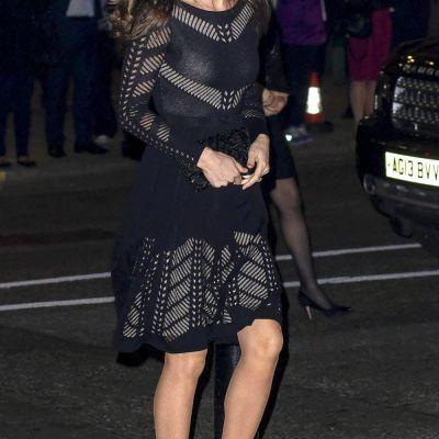 Nu a mai aparut niciodata asa. Cum s-a imbracat Ducesa Kate la cel mai recent eveniment monden. Burtica ei e acum vizibila