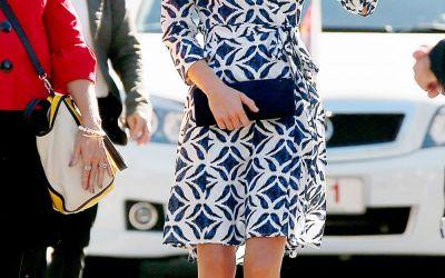 Printese, regine si prime doamne aleg rochiile  parte peste parte . Cum arata modelul inedit preferat de cele mai stilate femei