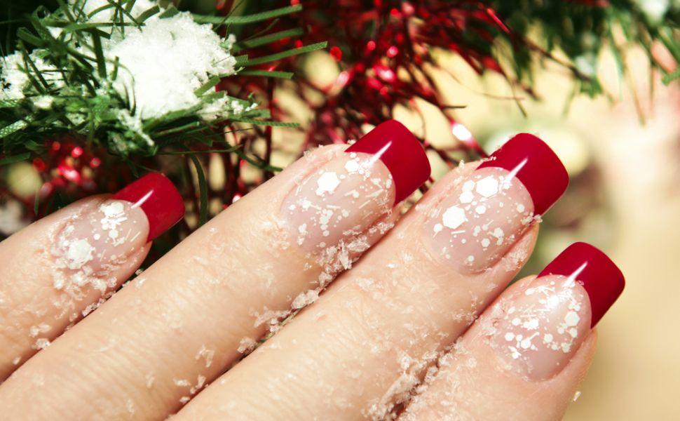 Manichiura pentru sarbatori. Cum sa-ti faci unghiile pentru a fi la moda in sezonul rece