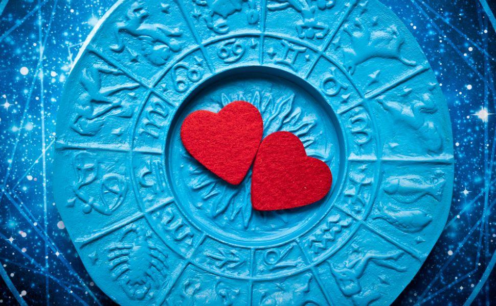 Compatibilitate zodii in 2015. Afla cu cine te potrivesti cel mai bine in plan amoros in acest an
