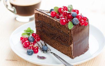 Reteta tort Sacher. Pregateste un desert delicios si usor de preparat pentru cei dragi