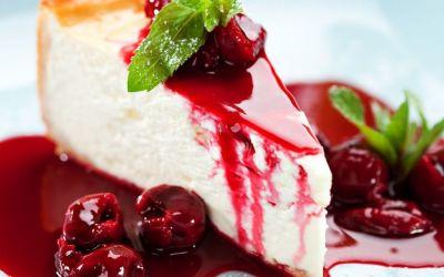 Reteta tort cu zmeura si branza de vaci: un desert delicios, cu care iti vei cuceri invitatii