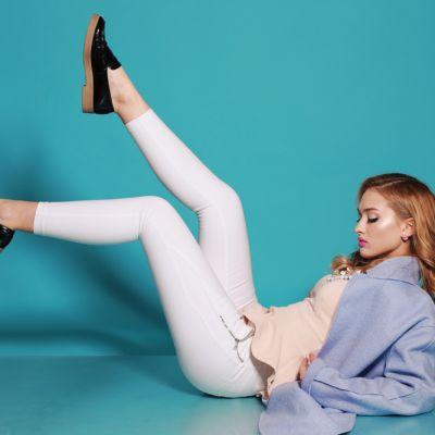 Cum sa pari mai slaba in pantaloni albi. 5 sfaturi care sa te ajute sa arati stylish si mai supla