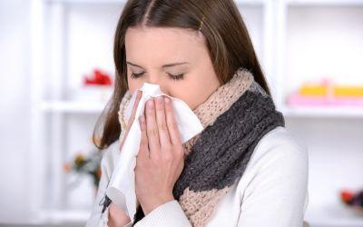 Cinci greseli care agraveaza raceala si gripa