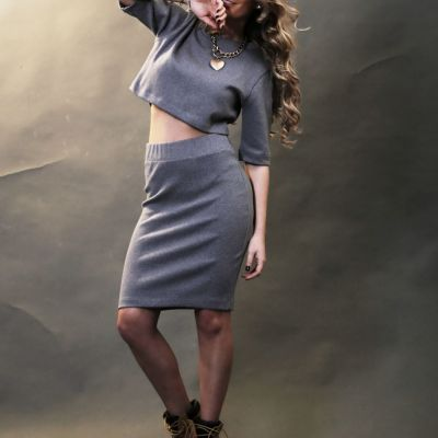 Ana Baniciu isi lanseaza prima colectie de haine. Vezi cum arata creatiile ei