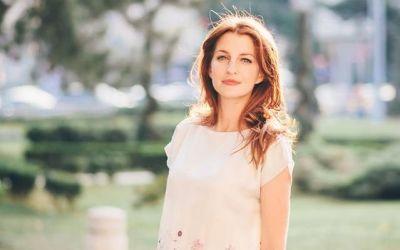 Maria Dermengiu isi traieste visul. Cum a transformat pictura si designul vestimentar intr-un mod de viata