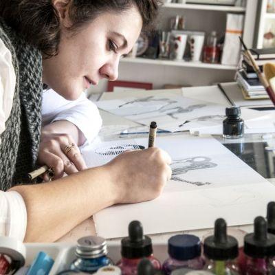 Beba, artista care picteaza in Centrul Vechi si expune la New York, Paris si Beirut