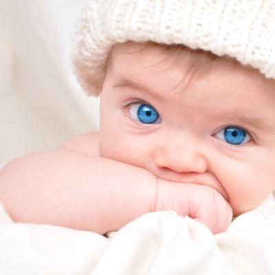 Cum protejam copiii de alergiilor oculare de primavara