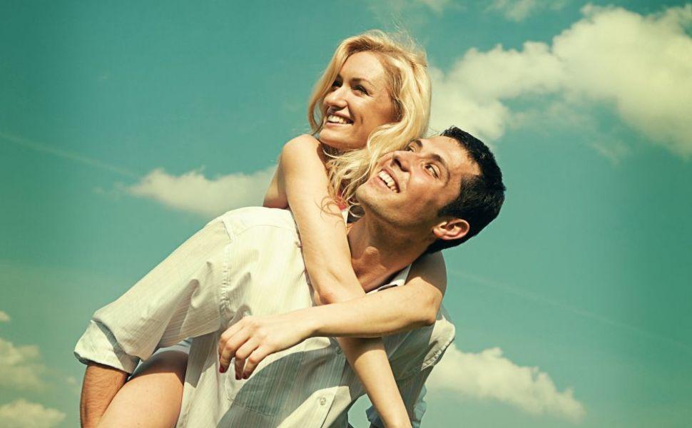 5 lucruri pe care orice femeie vrea sa le auda de la iubitul ei. Tie ti le spune?