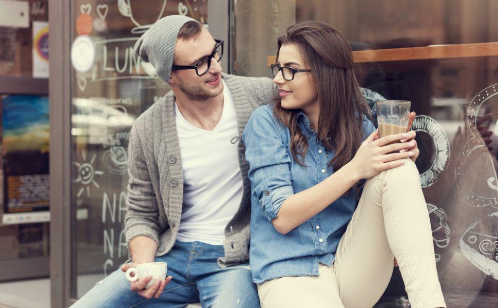 Una spun, alta gandesc. Adevarul despre cele mai folosite replici in cuplu. Cum se  mint  amabil iubitii intre ei