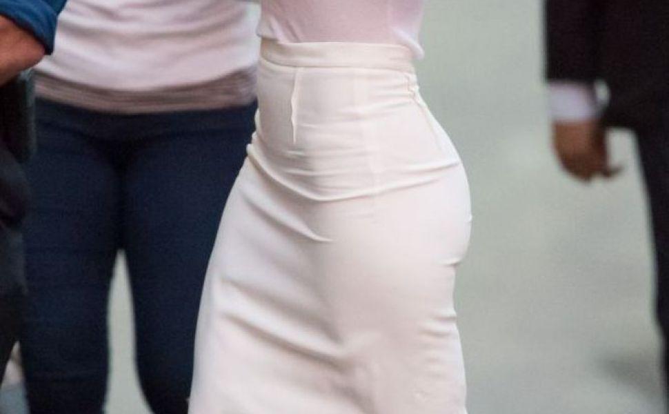 O adevarata doamna! Jennifer Lopez, incredibil de sexy intr-o tinuta stilata si feminina