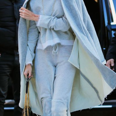Cum te imbraci la o intalnire amoroasa daca esti cel mai hot supermodel al momentului: 3 outfituri marca Gigi Hadid