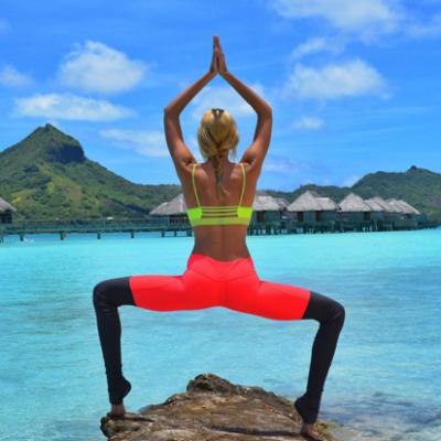 Zeita Yoga , blonda superba cu trup de balerina, care a innebunit internetul. Ce e atat de special la ea