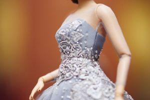 Barbie cu solduri, posterior si sani. Cel mai nou model de papausa, total diferit de tot ce s-a comercializat pana acum