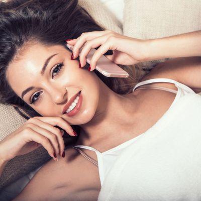 SMS-uri de  noapte buna . Ce mesaje sa ii trimiti tipului cu care flirtezi ca sa-l dai gata