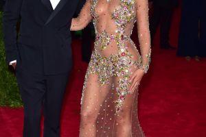 Formeaza cel mai tare cuplu din showbiz cu Beyonce, dar s-a iubit cu multe femei inainte. Lista de cuceriri a lui Jay-Z