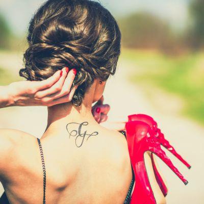 Ce tatuaje se poarta in 2016. Idei cool pentru cele mai curajoase doamne si domnisoare