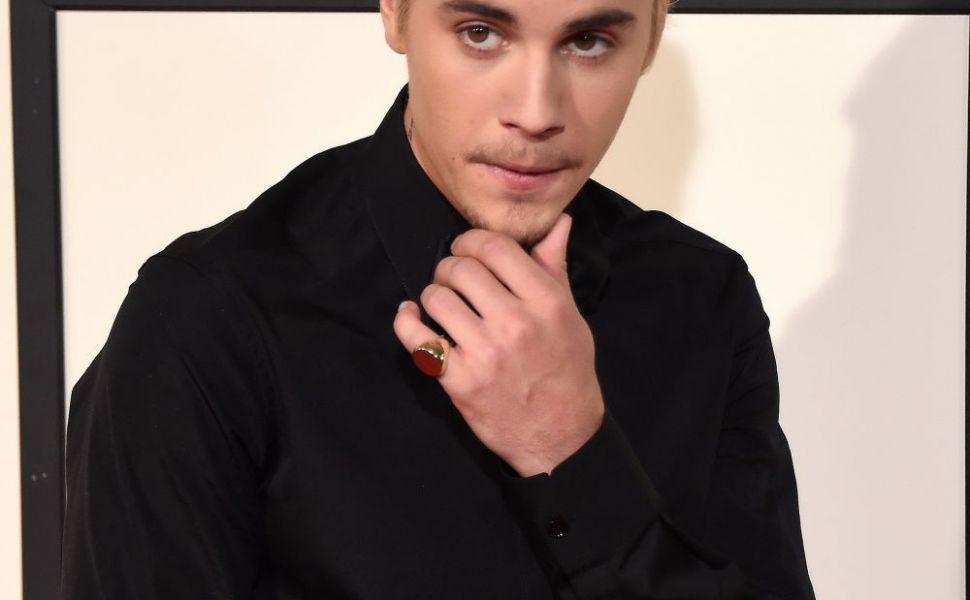 Mosteneste talentul de cuceritor din familie. Cum arata tatal lui Justin Bieber si cine e femeia cu care se va casatori