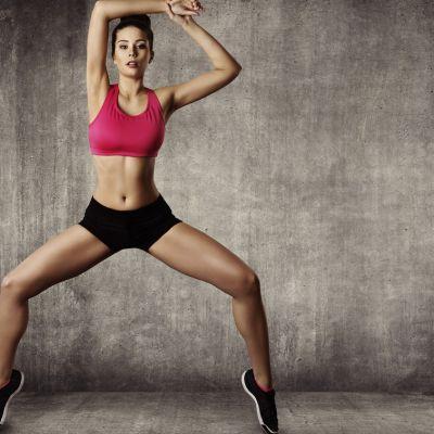 Cele mai placute si antrenante exercitii fizice, in ritm de dans. Cum sa slabesti in cel mai distractiv mod posibil