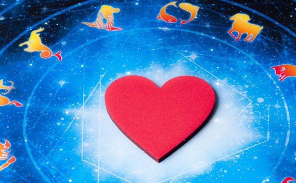 Horoscop zilnic 4 martie 2016. Berbecii sunt nesiguri in relatie, iar Balantele se implica intr-un nou proiect