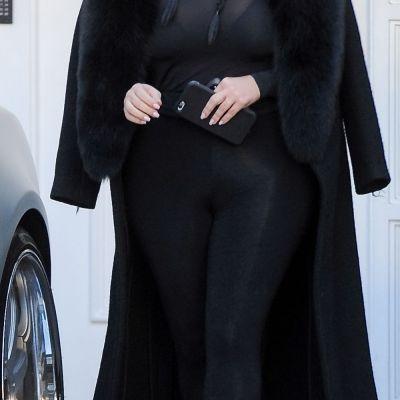 Kim Kardashian, poza nud la 13 saptamani de la nastere. Ce imagine sexy a publicat pe retelele de socializare