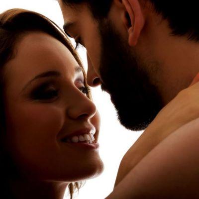 5 metode prin care iti poti imbunatati viata sexuala, cu hainele pe tine. Ai avea curaj sa le incerci?