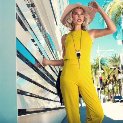9 tendinte in materie de moda pe care trebuie sa le incerci vara asta. Cum sa fii mai cool ca niciodata :)