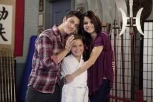 O mai stii? Sora mai mica a Selenei Gomez din  Wizards of Waverly Place  e domnisoara in adevaratul sens al cuvantului