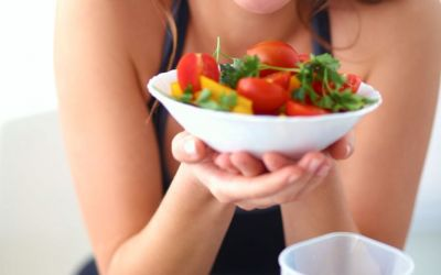 Salata de vara cu beneficii maxime. Vezi ce ingrediente-minune trebuie neaparat sa contina