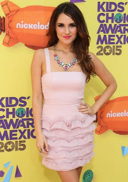 Dulce Maria, ex-RBD, schimbare de look spectaculoasa. Cum arata acum artista mexicana