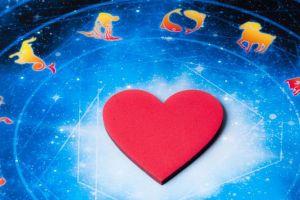 Horoscop zilnic 27 iulie 2016. Racii au incertitudini, iar Balantele au sentimente confuze