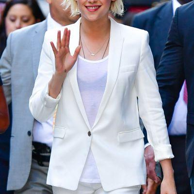 Kristen Stewart: Drumul de la idolul adolescentelor la persona non grata pana la femeia puternica si indragostita de azi
