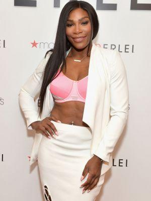 Aparitie impecabila pentru Serena Williams. Sportiva a stralucit in sutien si fusta mulata la lansarea sutienului sau
