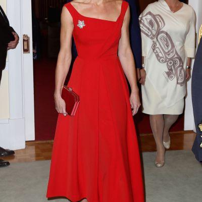 Kate Middleton, aparitie seducatoare. Cum arata intr-o rochie rosie de gala, acceorizata perfect