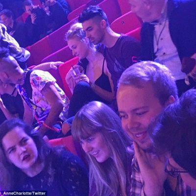 Sansa  din  Game of Thrones  si Joe Jonas au fost pozati impreuna. Cum arata actrita de 1.75 m langa noul sau iubit