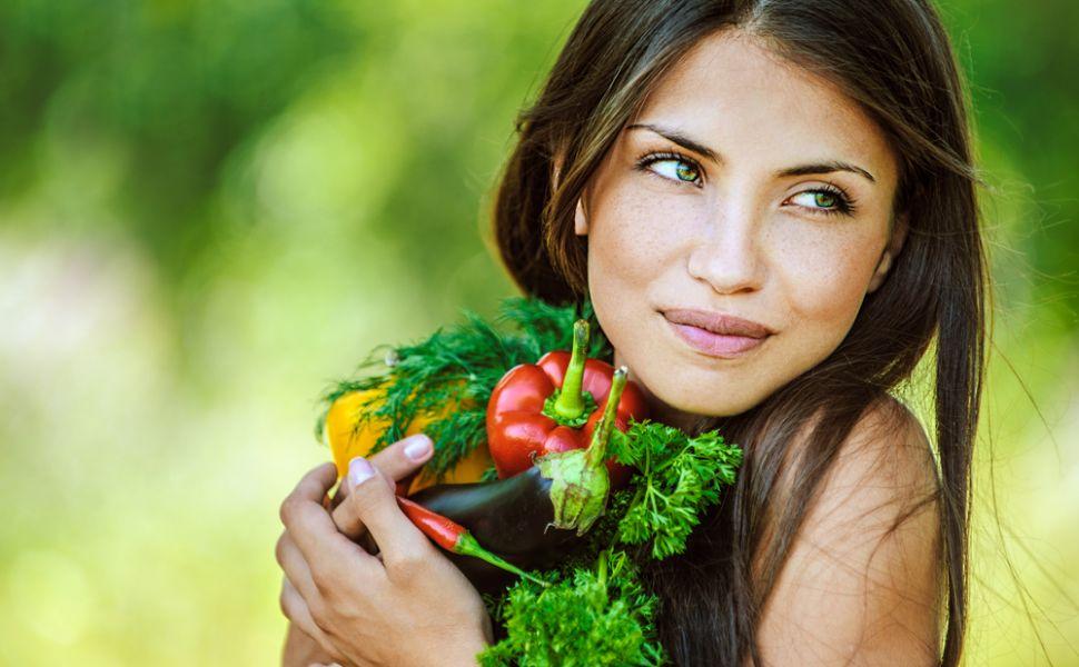 Dieta alcalina. Regimul ideal pentru femeile care tin cure de slabire, dar nu reusesc sa dea jos kilogramele in plus