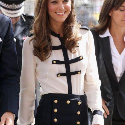 Imagini nemaivazute pana acum cu Kate Middleton la 9 ani. Cum arata Ducesa la o nunta de nobili, pe cand era o copila