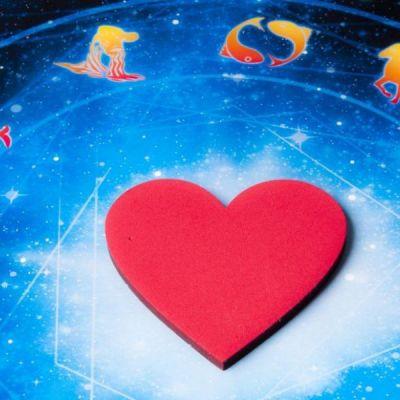 Horoscop zilnic 13 februarie 2017. Racii isi descopera noi talente, iar Capricornii iau o decizie importanta
