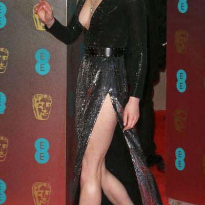 Sansa Stark, aparitie ravasitoare. Cat de sexy a aparut actrita din  Game of Thrones  la Premiile BAFTA