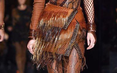 Cizmele-pantalon si accesoriile pentru buze - extravagantele Balmain. Cum au aparut Gigi Hadid si Kendall Jenner