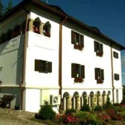 Culele oltenesti din Valcea, locul unde se adaposteau boierii cand erau atacati de turci. Cum arata cladirile in prezent