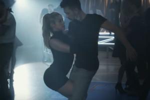 Shakira, mai provocatoare ca niciodata in noul clip. Ce miscari sexy face in fata camerelor de filmat