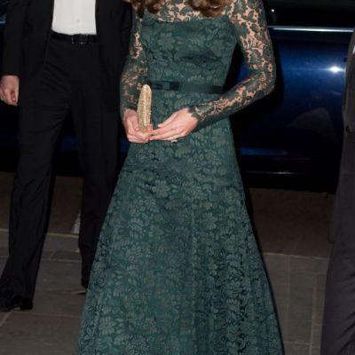 Inca o apartiei demna de Oscar. Kate Middleton a facut furori intr-o rochie verde, superba. Cat de frumoasa a fost