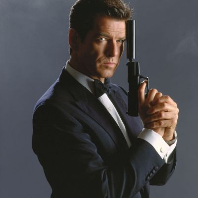 Ar putea avea orice femeie, dar o prefera pe ea. Cum arata sotia fostului James Bond, Pierce Brosnan