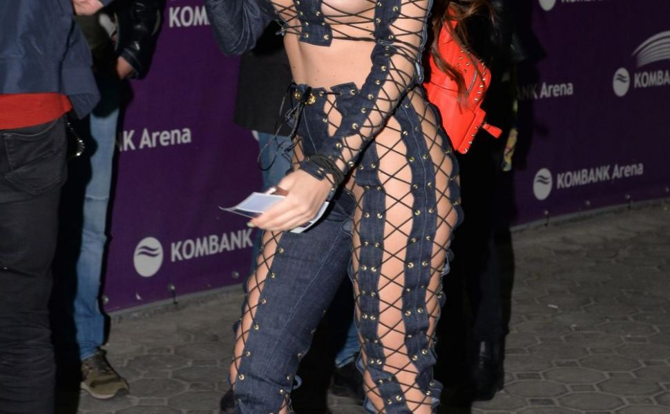 Un model din Serbia a atras toate privirile imbracata asa. Tinuta Sorajei a tinut fotografii lipiti de ea